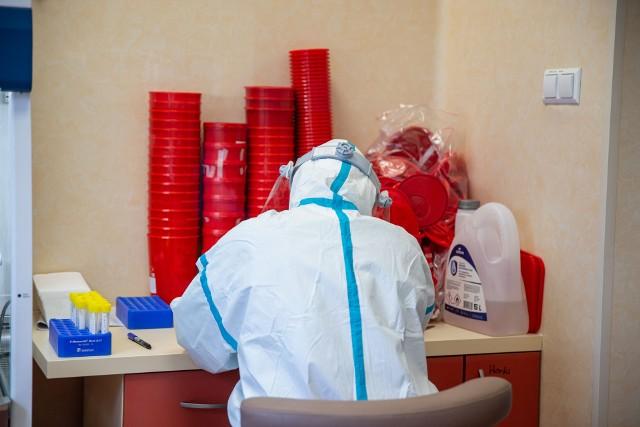 Koronawirus w Polsce i w województwie podlaskim. 664 nowe zakażenia w kraju i 26 w regionie (2.06.2021)