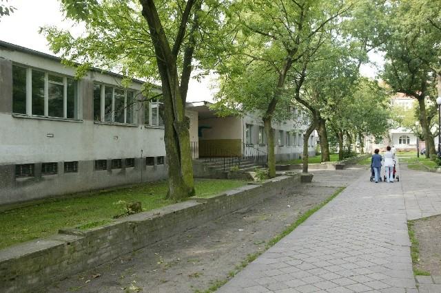 Jeśli uniwersytet nie wpłaci pieniędzy, internat ma być wystawiony na sprzedaż w drodze przetargu.