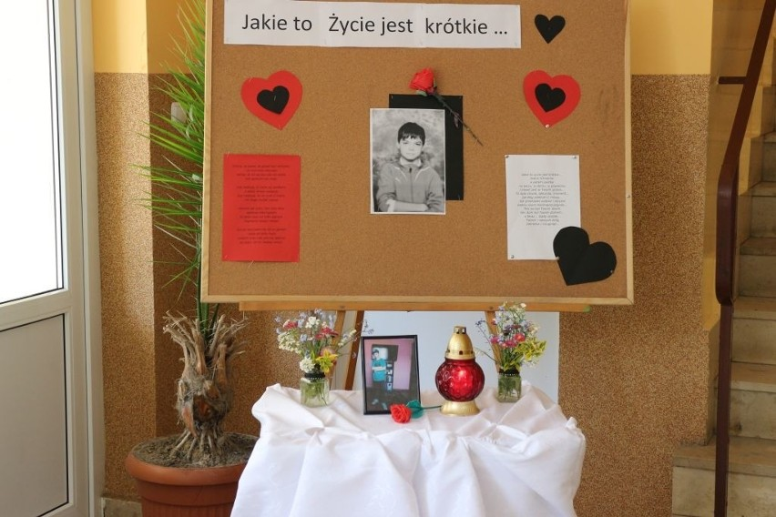 Igor miał 11 lat. Zginął w piątek przygnieciony bramką. Na boisku.