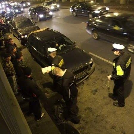 Cztery samochody zderzyly sie w tunelu przy ul. Kopernika w Bialymstoku. Momentalnie utworzyly sie tam korki