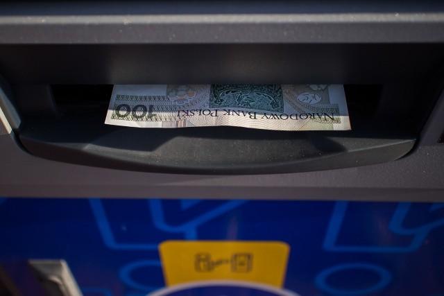 Czy wiesz ile może być bakterii na takim zwykłym, papierowym banknocie?