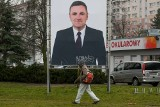 """Poznań: Adrian Tomaszkiewicz został """"patronem"""" trawnika na Ratajach"""