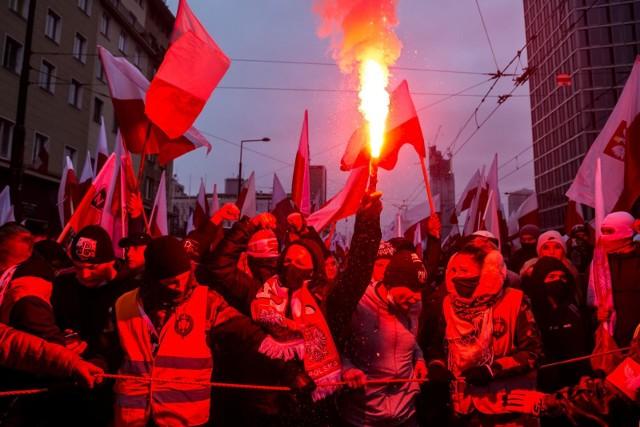 Marsz Niepodległości. Ponad 700 osób zatrzymanych. Rannych 35 policjantów