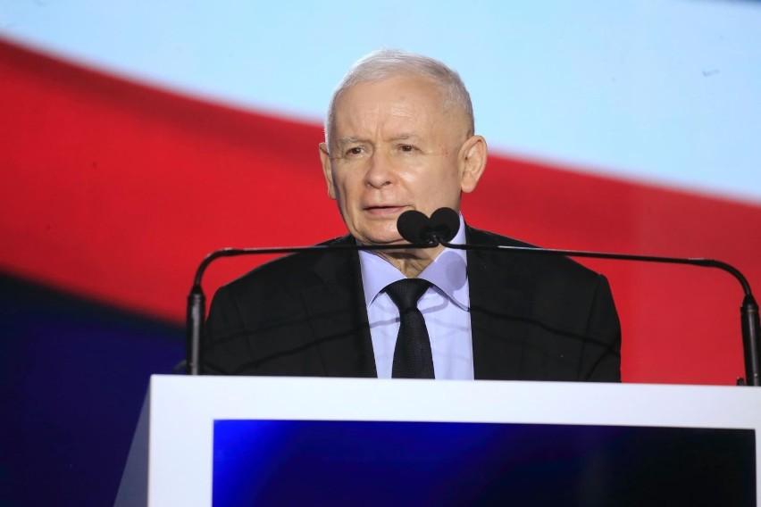 Jarosław Kaczyński zapowiada podwyższenie pensji Polaków....