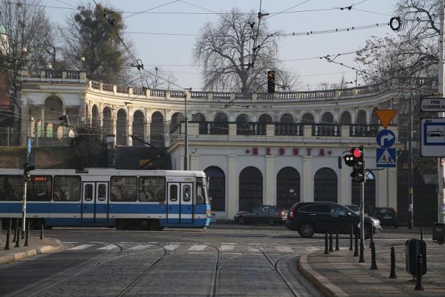 Prace torowe mają być prowadzone przy skrzyżowaniu ul. Teatralnej i Piotra Skargi