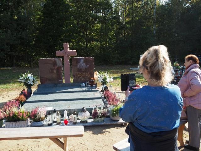 Pomnik na grobie Krzysztofa Krawczyka
