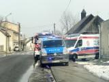 Zwłoki kobiety w mieszkaniu przy ul. św. Anny w Brzezinach. Razem z ciałem w lokalu był agresywny mężczyzna