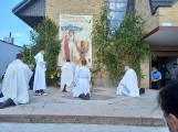 Msza święta i procesja Bożego Ciała w Darłówku [zdjęcia]