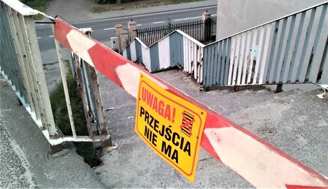 8 czerwca 2020 r. Wiadukt przy ul. Zjednoczenia w Zielonej Góry. Zamknięto schody na wiadukt od strony ul. Dąbrowskiego