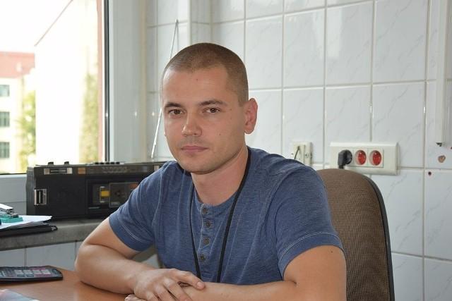 Sebastian Staszak, pracownik socjalny sekcji bezdomności w Gorzowskim Centrum Pomocy Rodzinie uważa, że Streetworker, który będzie pracował z bezdomnymi od listopada, może pomóc w rozwiązywaniu trudnej sytuacji bezdomnych w mieście.