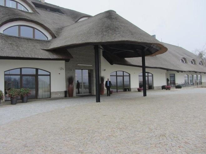 Hotel Remes w Opalenicy powstał na organizowane przez Polskę...