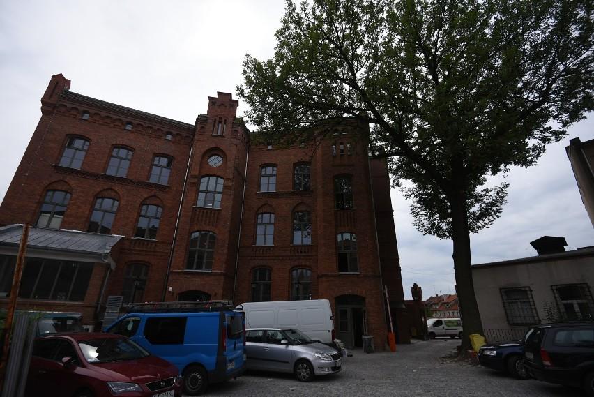 Inkubator  powstał m.in. w zabytkowym gmachu przy ulicy Przedzamcze 8 w Toruniu