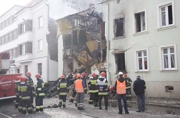 Kamienica przy ul. Krasińskiego 14 w Słupsku po wybuchu gazu.