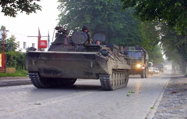 Nie wiadomo jeszcze, czy wojsko zapłaci za zniszczony fragment jezdni.