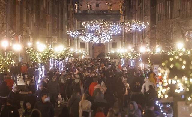 Przedświąteczny weekend 12-13.12.2020 r. na ulicach Gdańska