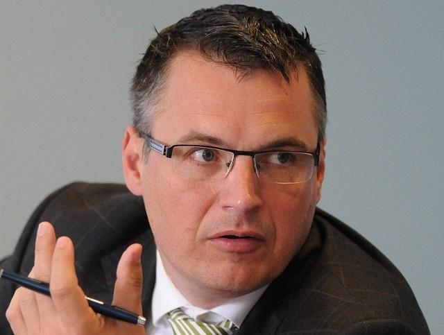 Janusz Kubicki wygrywał wybory jako członek SLD. Dziś nie ma już partyjnej legitymacji, a poseł Sojuszu Bogusław Wontor nie chciał ocenić jego pracy.
