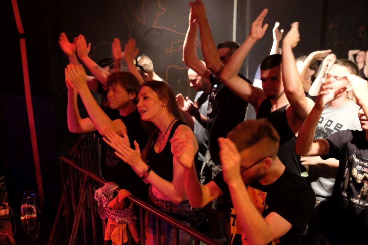 Klub, spotkania i turystyka dla singli | emilyinalaska.com