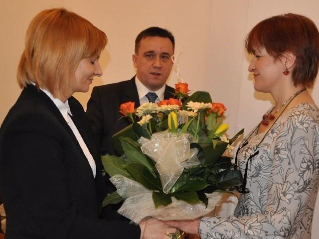 Podziękowania Grażynie Niechciał złożyli m.in. burmistrz Dorota Łukomska i przewodniczący Rady Miejskiej Jacek Kołodziej.