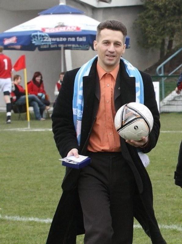 Radny Ireneusz Rogowski był w Klubie Piłkarskim Błękitni wiceprezesem ds. ekonomiczno-finansowych.