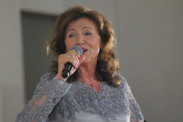 W sobotę na targowej scenie pojawi się wielka dama polskiej piosenki – Halina Frąckowiak