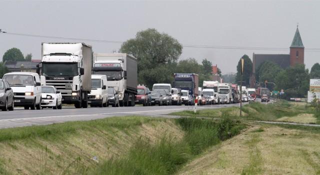 Korek na drodze krajowej nr 5 ma kilka kilometrów