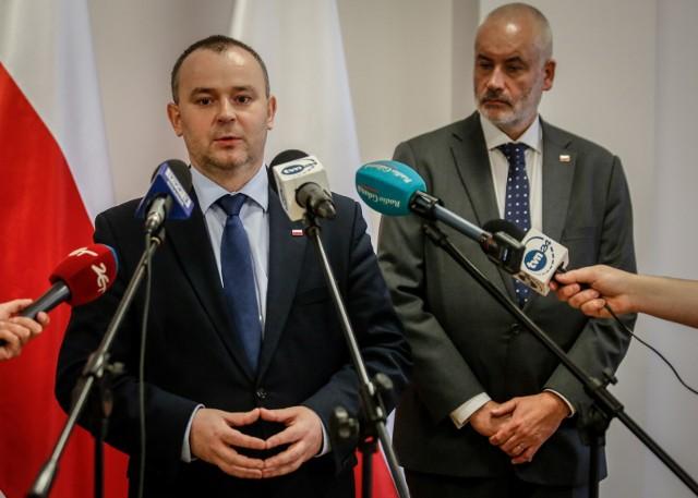 Ustawa kagańcowa. Prezydent Duda spotkał się z opozycją ws. sądów. Paweł Mucha: Wszyscy byli przekonani o potrzebie refomy sądów.