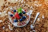 Śniadanie dla każdego – owsianka, granola, musli