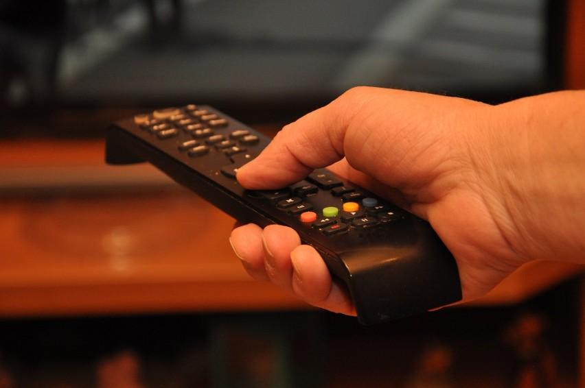 Zobacz, kto obecnie nie musi płacić abonamentu RTV w dalszej...