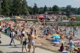 Pierwsze upały już za nami. Czekamy na otwarcie kąpielisk. Gdzie w Krakowie i okolicy będzie można relaksować się nad wodą? [LISTA]