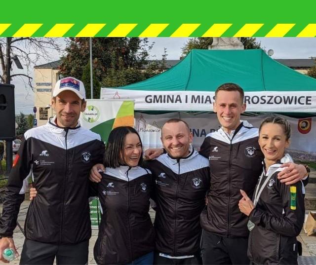 Członkowie grupy Infinity-Gym, od lewej Łukasz Szaporów, Edyta Łój-Konieczna, Michał Socha, Marek Gawin, Sylwia Sendek