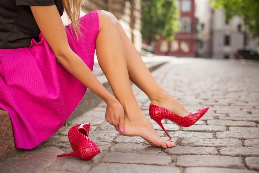 Odpowiednie obuwie to gwarancja, że na stopach nie pojawią...