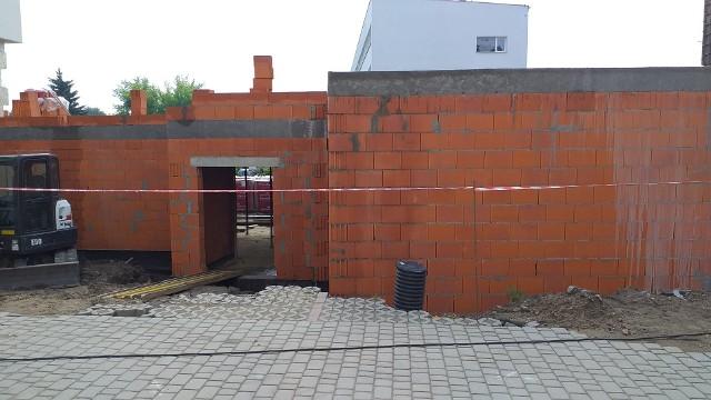 Trwa budowa hali gimnastycznej przy szkole katolickiej w Chełmnie. Ma być gotowa do końca 2020 roku