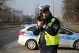 Kodeks drogowy 2020. Nie przestrzegasz podstawowego przepisu? Zobacz jaki mandat możesz zapłacić