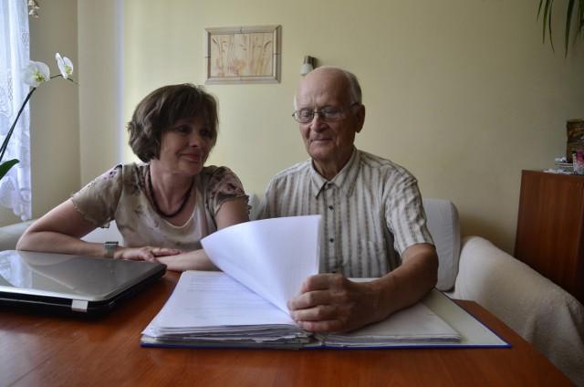 Magdalena Konarska-Mizgalska (na zdjęciu z mężem Henrykiem) starania o odzyskanie gruntów nad jeziorem podjęła trzy lata temu