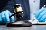 Radny z Głogówka siedem razy składał fałszywe oświadczenie majątkowe. Jest akt oskarżenia