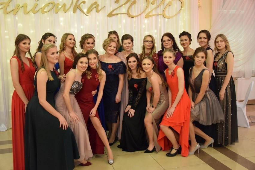 Miss Studniówki 2020. Najpiękniejsze dziewczyny na studniówkach w regionie (zdjęcia)