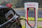 Milion aut na prąd? Rząd podaje nową prognozę
