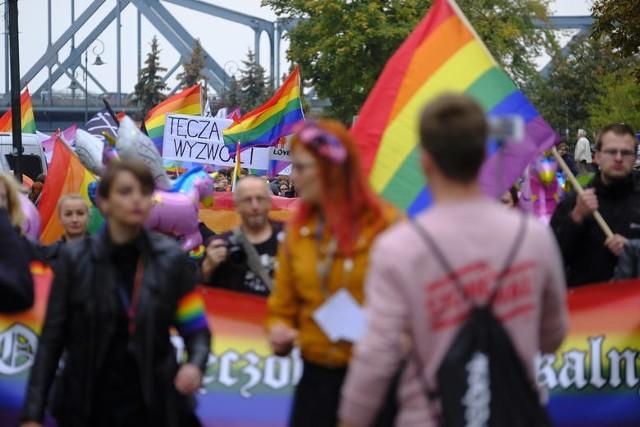 Marsz Równości w Toruniu od kilku lat prosi prezydenta Torunia o objęcie imprezy patronatem.