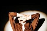 """Tomasz Kot w nowej rewelacyjnej roli. Aktor wystąpił w klipie do utworu """"Kłamiesz"""" duetu Martin Lange [ZOBACZ KLIP WIDEO i WYWIAD]"""