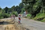 Firma z Nowego Sącza remontuje ponad kilometr drogi powiatowej w Szalowej, gmina Łużna