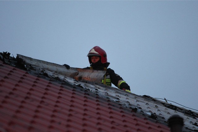 Troje dzieci zginęło w nocy, w pożarze mieszkania przy ul. Przemysłowej w Piechowicach na Dolnym Śląsku.