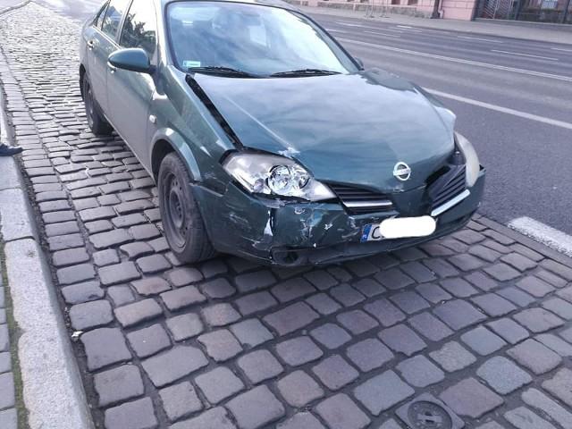 W czwartek, 28 listopada, po godz. 11 doszło do kolizji dwóch samochodów osobowych