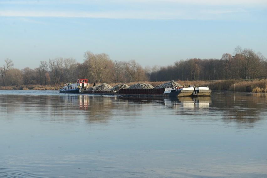 Chcemy, by w miarę możliwości regularny transport tą rzeką...