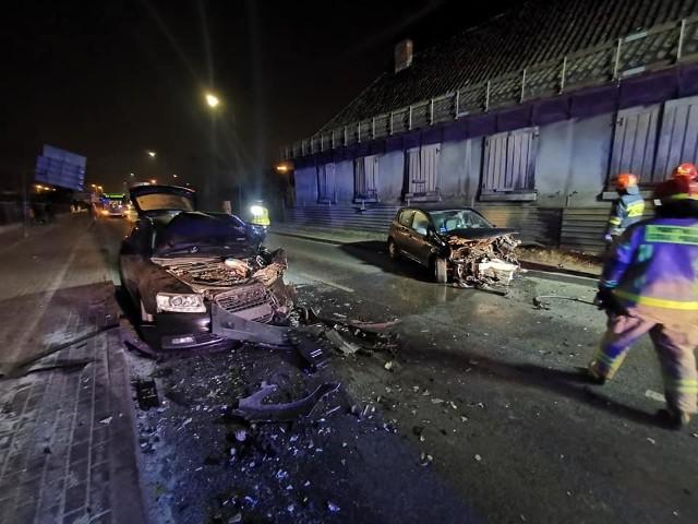 W poniedziałek, 1 marca, na ul. Artyleryjskiej w Bydgoszczy doszło do wypadku. Zderzyły się dwa samochody osobowe,droga była zablokowana przez dłuższy czas.