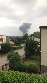 Wielki pożar zakładu w Głownie. Płonie budynek magazynowo-produkcyjny firmy Solan ZDJĘCIA, FILM