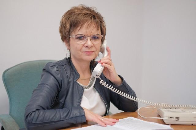 """- """"Twój e-PIT"""" ułatwia rozliczenie, ale to podatnik decyduje - mówi Elżbieta Michno z I Urzędu Skarbowego w Lublinie"""