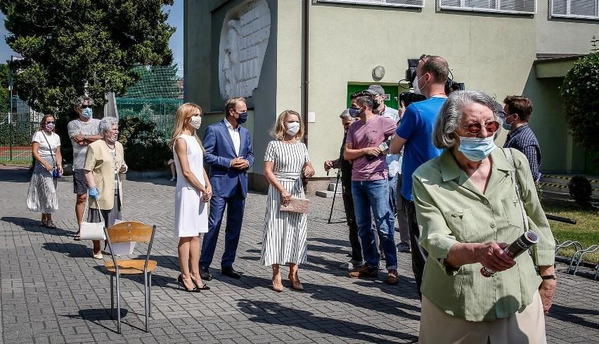 Obwodowa komisja wyborcza nr 8. w Sopocie.  Donald Tusk z...