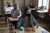 Rozpoczęły się próbne matury - Pan Tadeusz, Ludzie bezdomni i wiersz Leśmiana na polskim