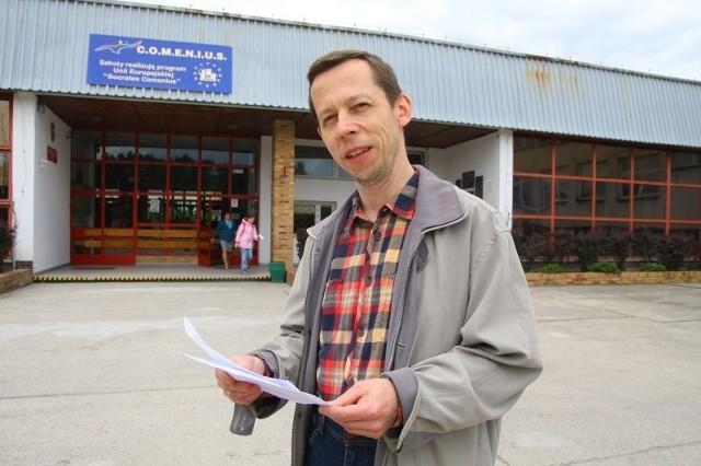 - Nie wiadomo, czy dzieci będą mogły liczyć na dodatkowe, płatne zajęcia z języka angielskiego czy rytmiki, do których teraz mają dostęp w przedszkolu - mówi Bogdan Pala.