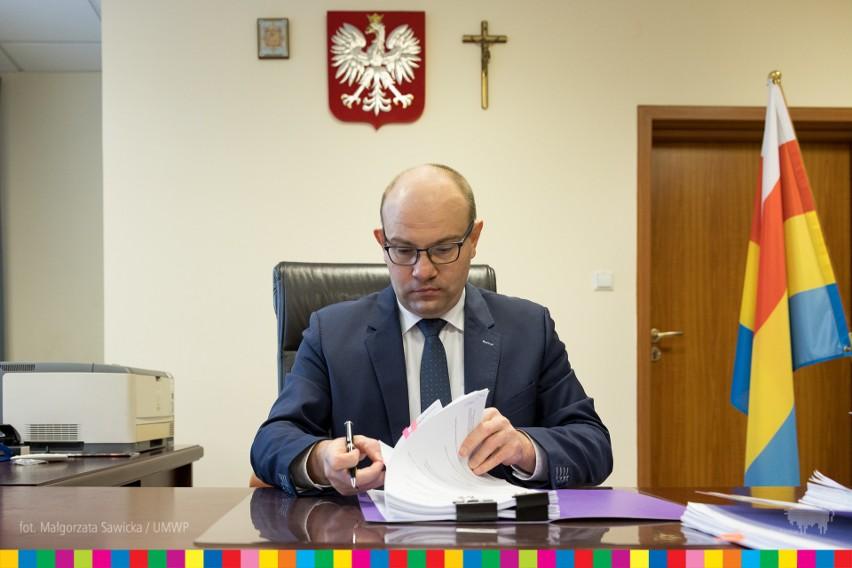 Trzy białostockie szkoły otrzymają ponad 2 mln zł dotacji. Pieniądze zostaną przeznaczone na projekty edukacyjne